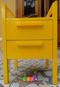 Criado mudo reforma amarelo2