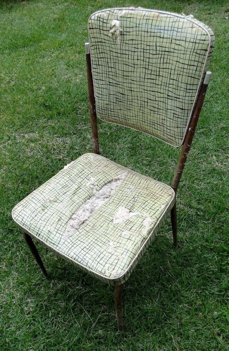 cadeiraroxaantes_1
