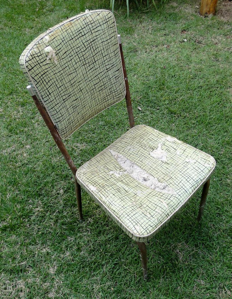 cadeiraroxaantes_2
